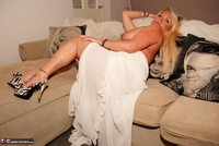 JessicasHoneyz. Naughty Nicky Lady In White Pt1 Free Pic 14