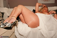 JessicasHoneyz. Naughty Nicky Lady In White Pt1 Free Pic 16