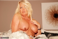 JessicasHoneyz. Naughty Nicky Lady In White Pt2 Free Pic 2