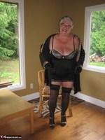 Girdle Goddess. Killer Heels Free Pic 5