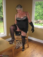 Girdle Goddess. Killer Heels Free Pic 7