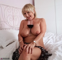 LornaBlu. All About Tits Free Pic 2