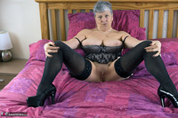 . Sparkly Stockings Free Pic 14