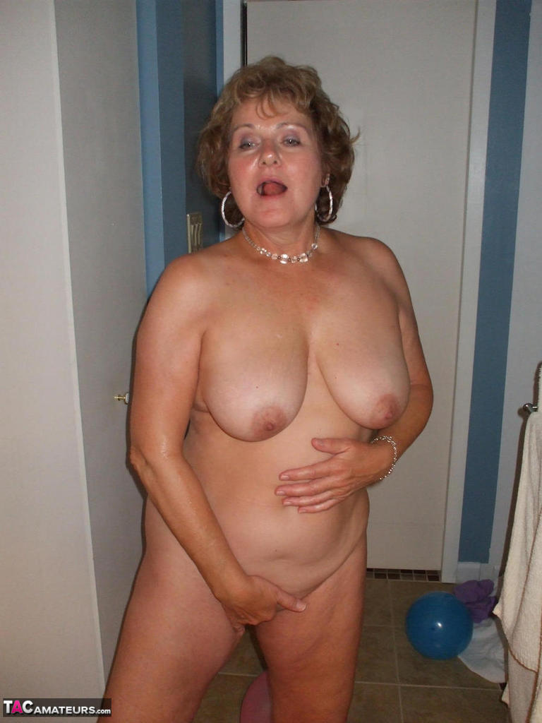 Titty rubbing cleaning lady
