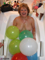 BustyBliss. Balloons Boobs Bath & Boy Toy Free Pic 4