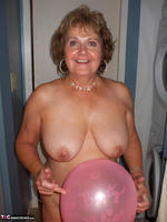 BustyBliss. Balloons Boobs Bath & Boy Toy Free Pic 15