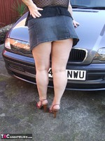 KinkyCarol. Washing The Car Free Pic 2