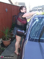 KinkyCarol. Washing The Car Free Pic 5