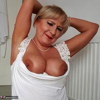 . White Lacey Free Pic 5