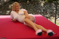 Sweet Susi. Website Guest Photographer Free Pic 1