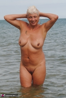 Dimonty. Naked In The Sea Free Pic 1