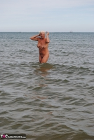 Dimonty. Naked In The Sea Free Pic 4