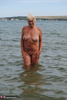 Dimonty. Naked In The Sea Free Pic 5