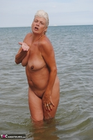 Dimonty. Naked In The Sea Free Pic 11