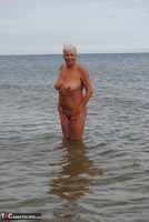 Dimonty. Naked In The Sea Free Pic 14