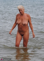 Dimonty. Naked In The Sea Free Pic 16