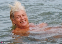 Dimonty. Naked In The Sea Free Pic 20