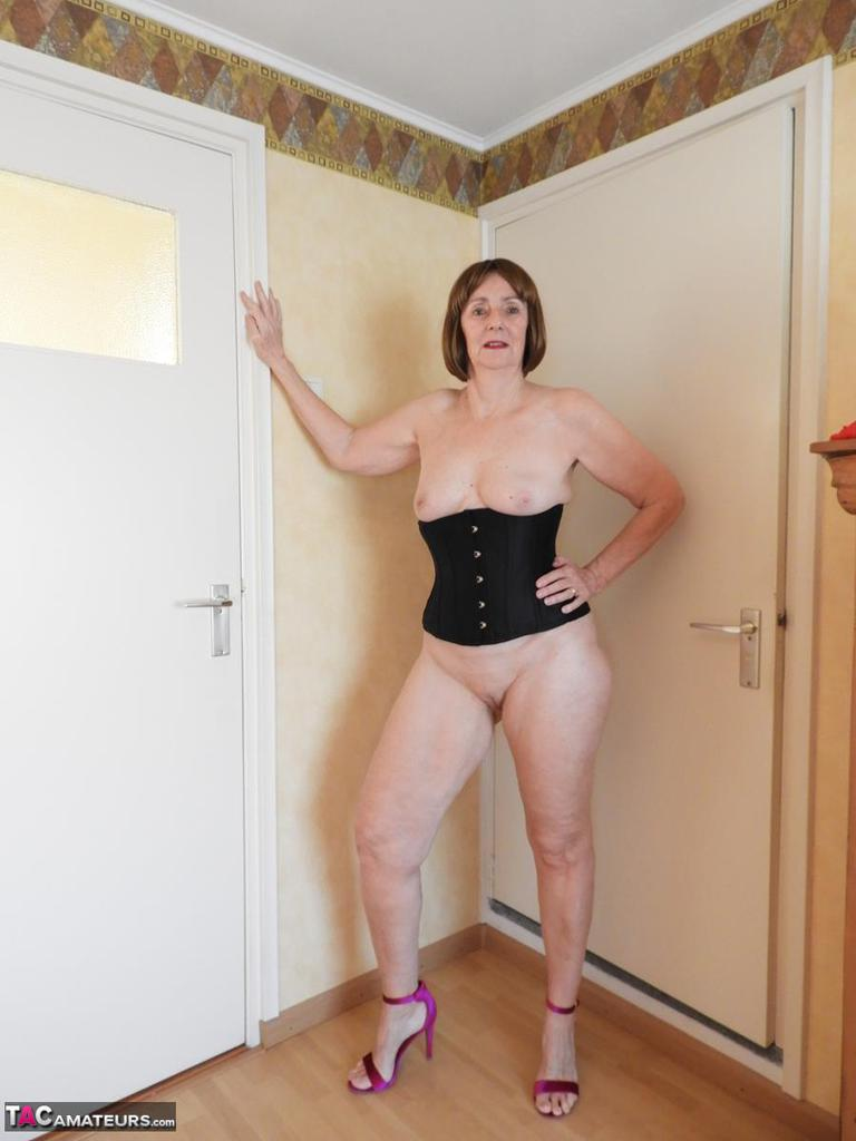 Katkitty-Black Corset Pictures-7962
