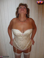 Busty Bliss. Cream Embriodered Busty Corset Free Pic 2