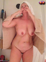 BustyBliss. Take A Shower With Me Free Pic 14
