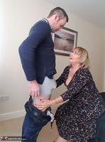LornaBlu. Lorna & The Knicker Nicker Free Pic 6