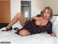 LornaBlu. Lorna & The Knicker Nicker Free Pic 15