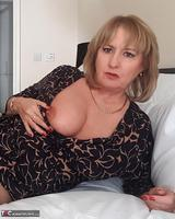 LornaBlu. Lorna & The Knicker Nicker Free Pic 19