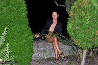 DianaAnanta. A Night In The Park Free Pic 1