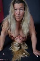 Sweet Susi. Big Tits & Nylons Free Pic 12