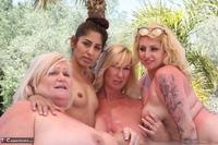 Melody. Lesbo Hot Tub Orgy Pt3 Free Pic 17