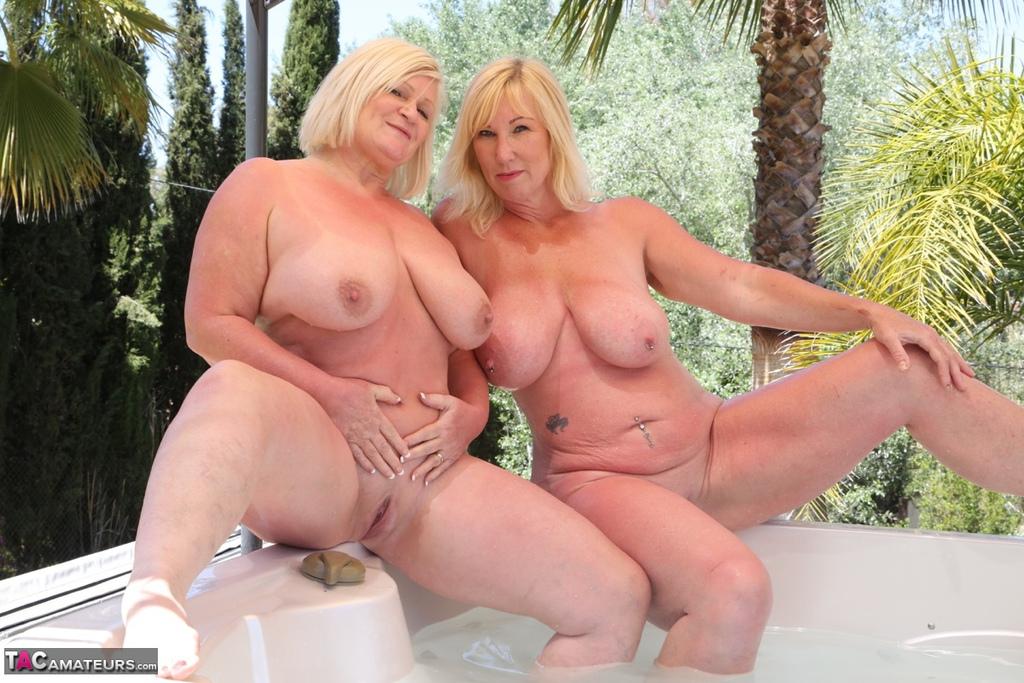 Hot blonde teens lesbian porn free