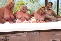 Melody. Lesbo Hot Tub Orgy Pt2 Free Pic 3