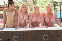 Melody. Lesbo Hot Tub Orgy Pt2 Free Pic 7