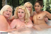 Melody. Lesbo Hot Tub Orgy Pt2 Free Pic 18