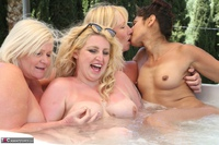 Melody. Lesbo Hot Tub Orgy Pt2 Free Pic 19
