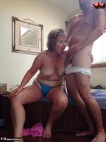 Busty Bliss. Pink Half Get In Tub Boy For Cock Sucking Fun Pt2 Free Pic 13