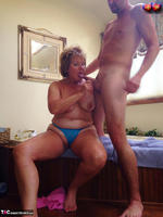 Busty Bliss. Pink Half Get In Tub Boy For Cock Sucking Fun Pt2 Free Pic 15