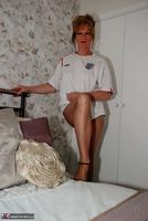 Jessicas Honeyz. Come On England Pt1 Free Pic 4