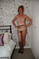 Jessicas Honeyz. Come On England Pt2 Free Pic 7