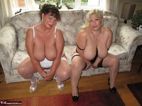 Kims Amateurs. Kim & Gina George Free Pic 9