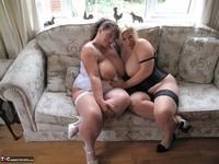 Kims Amateurs. Kim & Gina George Free Pic 12