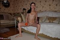 Diana Ananta. Persimmon Free Pic 3