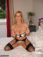Molly MILF. Best Of Molly's Poses Free Pic 15