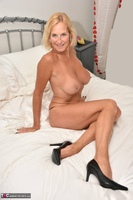 Molly MILF. Best Of Molly's Poses Free Pic 20