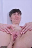 Hot Milf. Black Corsage Free Pic 20