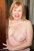 SpeedyBee. Pink Lingerie Free Pic 3