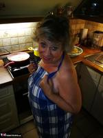 . Cooking Apron Free Pic 14