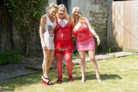 Molly MILF. Three Girl Fun In The Garden Free Pic 1