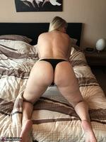 Sweet Susi. Black String & Dildo Free Pic 7