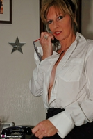 Jessicas Honeyz. Sexy Secretary Sue Pt1 Free Pic 9